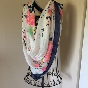 Old Navy Large Floral Scarf/Wrap